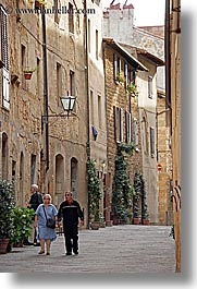 europe, italy, narrow streets, pedestrians, people, pienza, streets, towns, tuscany, vertical, walking, photograph