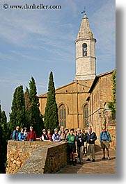 europe, groups, italy, people, pienza, tourists, tours, towns, tuscany, vertical, photograph