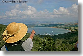 europe, hats, horizontal, italy, lakes, populonia, scenics, tourists, towns, tuscany, photograph