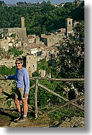 carol, europe, italy, larson, senior citizen, sorano, sunglasses, tourists, towns, tuscany, vertical, womens, photograph