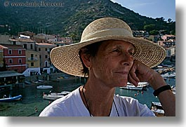 ann, europe, harbor, hats, horizontal, italy, leaders, tourists, tuscany, womens, photograph