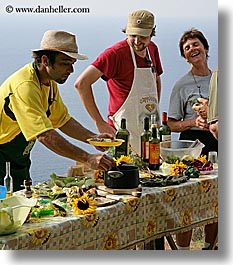 ann, apron, europe, foods, happy, hats, italy, laugh, leaders, men, picnic, roberto, tourists, tuscany, vertical, william, womens, photograph