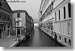 black and white, bridge, canals, europe, horizontal, italy, sighs, venecia, venezia, venice, photograph