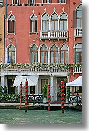 canals, europe, hotels, italy, poles, rivers, venecia, venezia, venice, vertical, photograph