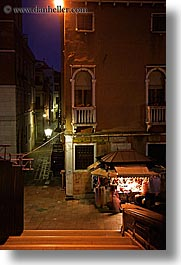 europe, gifts, italy, nite, slow exposure, stands, venecia, venezia, venice, vertical, photograph