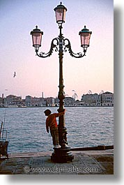 childrens, europe, italy, kid, people, venecia, venezia, venice, vertical, photograph