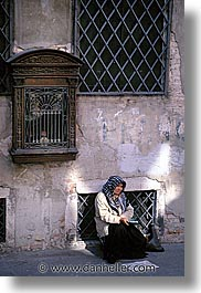 beggar, europe, italy, people, venecia, venezia, venice, vertical, photograph