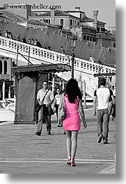 europe, italy, people, pink, venecia, venezia, venice, vertical, womens, photograph
