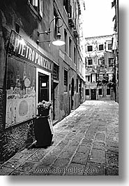 black and white, europe, italy, panizzolo, streets, venecia, venezia, venice, vertical, photograph