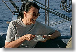 beryl, coffeecup, europe, horizontal, laugh, senior citizen, sunglasses, tourists, turkeys, womens, photograph