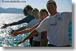 europe, groups, hands, horizontal, laugh, ocean, people, tourists, turkeys, womens, photograph