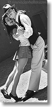 argentina, black and white, buenos aires, dancers, la boca, latin america, people, tango dancers, vertical, photograph