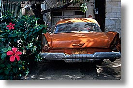 caribbean, cars, cuba, havana, horizontal, island nation, islands, latin america, oranges, south america, photograph