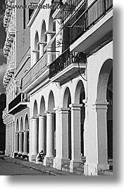 black and white, caribbean, city scenes, cuba, havana, island nation, islands, latin america, lone, sitter, south america, vertical, photograph