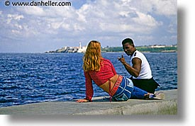 caribbean, couples, cuba, havana, horizontal, island nation, islands, latin america, lovers, people, romance, south america, photograph