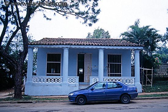 http://www.danheller.com/images/LatinAmerica/Cuba/PinarDelRio/blue-house-big.jpg