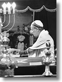 caribbean, cuba, cuban jews, havana, island nation, islands, jewish culture, jews, latin america, praying, religion, south america, temples, vertical, photograph