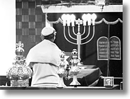 caribbean, cuba, cuban jews, havana, horizontal, island nation, islands, jewish culture, jews, latin america, praying, religion, south america, temples, photograph