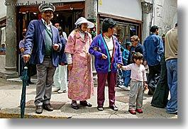 clothes, colorful, ecuador, equator, families, hats, horizontal, latin america, people, quito, photograph