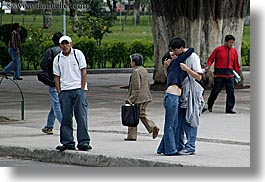 couples, ecuador, emotions, equator, horizontal, kissing, latin america, people, quito, romantic, photograph