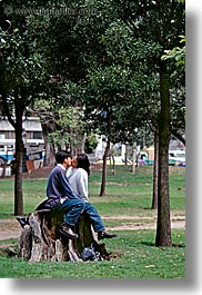 couples, ecuador, emotions, equator, kissing, latin america, people, quito, romantic, vertical, photograph