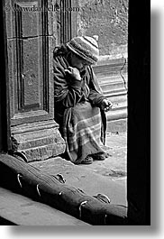 beggar, black and white, ecuador, equator, latin america, people, quito, senior citizen, vertical, womens, photograph