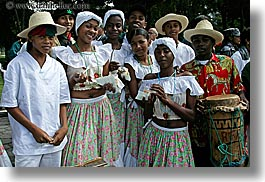 clothes, ecuador, ecuadorian, emotions, equator, happy, hats, horizontal, latin america, men, people, quito, smiles, teenagers, womens, photograph