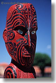 Photos/Pictures of Wood Carvings and Art of The Maori