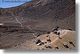 faraway, hikers, horizontal, new zealand, tongariro crossing, photograph