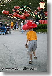america, amusement park, big, cedar point, fun, games, hats, north america, ohio, people, sandusky, united states, vertical, photograph