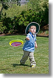 activities, boys, childrens, clothes, frisbee, hats, jacks, mothers day, people, personal, throwing, toddlers, vertical, photograph